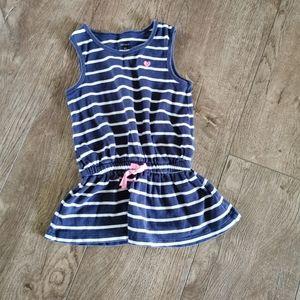 3/$15 Carter's girls tunic size 4